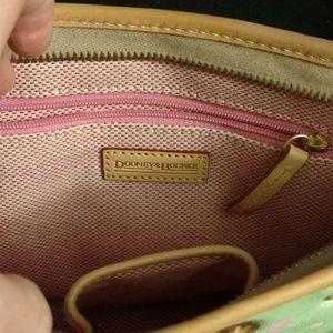 Dooney & Bourke Bags - Dooney & Bourke like new bag seafoam green